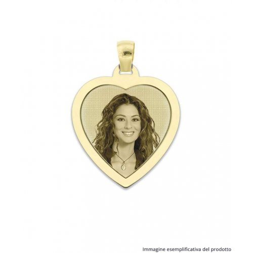 Heart-shaped engraved medal with CIP 34.1 AU frame