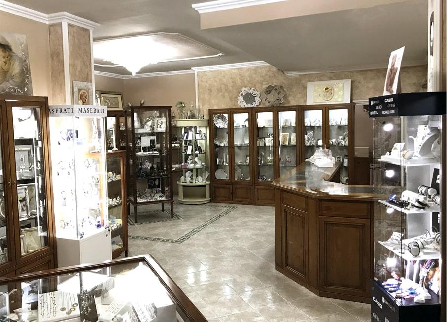 shop interior photos